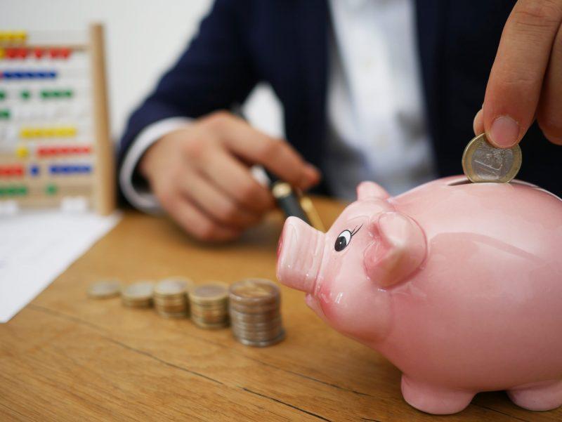juntando dinheiro